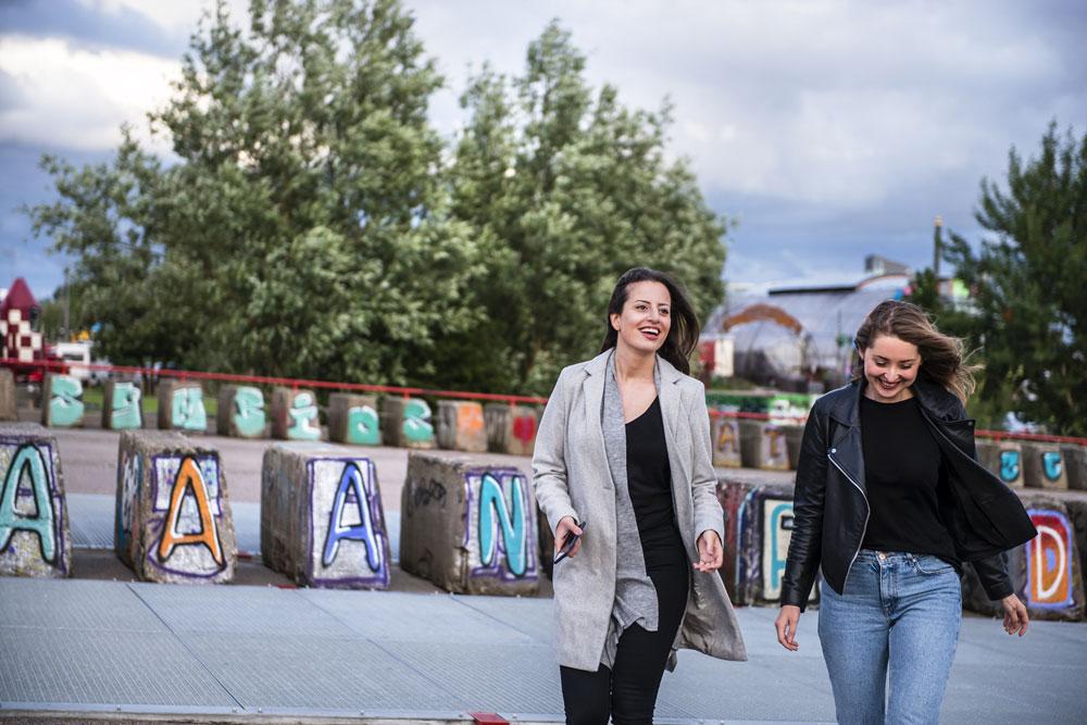 Maja and Marina Advidi